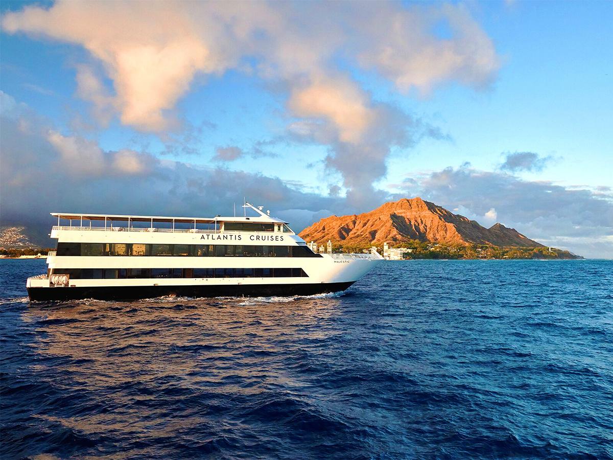 oahu-dinner-cruise-atlantis